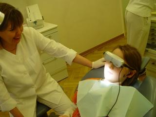 Videobrille - Entspannung bei der Zahnbehandlung
