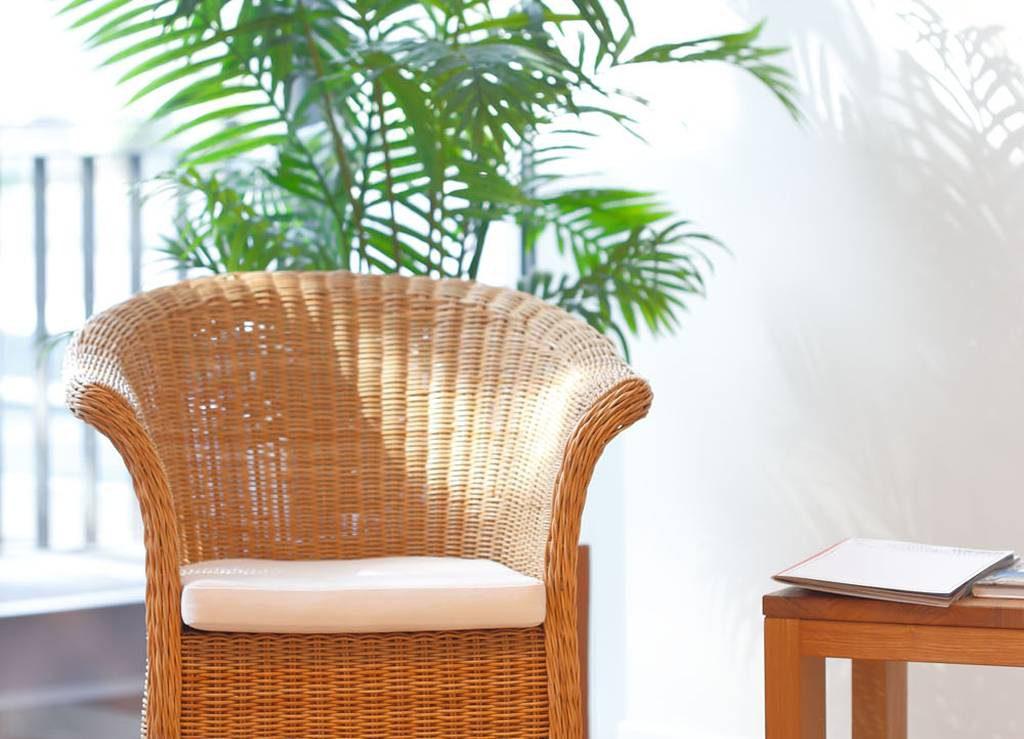 Zahnarzt Bochum Wartezimmer Sessel